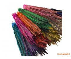 Un pacchetto pick & mix di 600 piume di coda di fagiano che misurano 40 cm