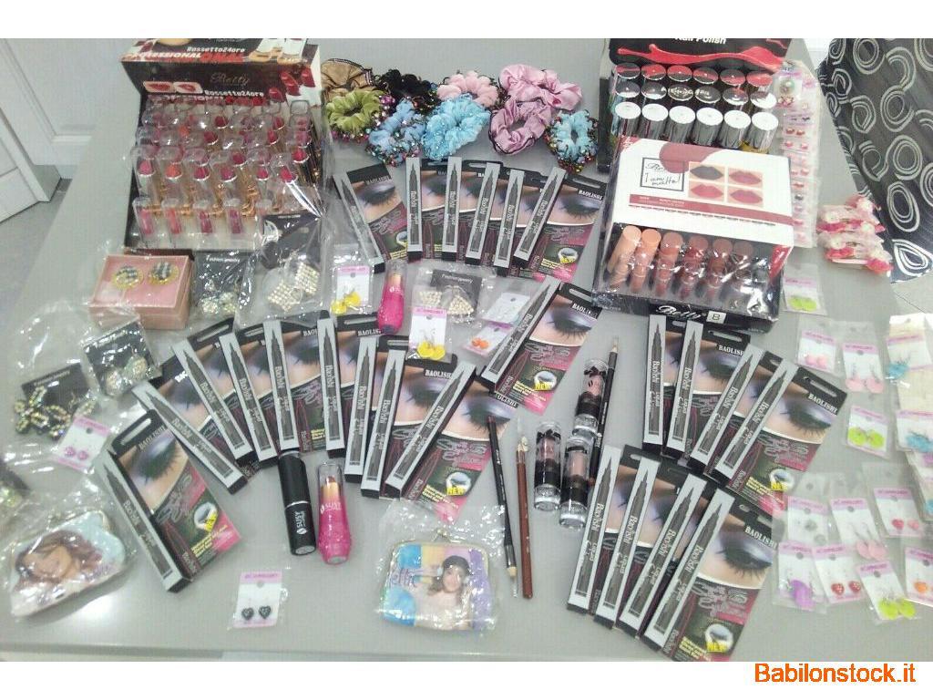 lotto 150 cosmetici, orecchini, brazziali, codini, smalti