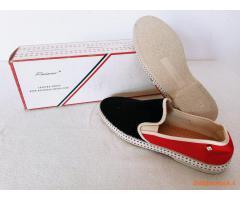 Stock di 450 paia di scarpe marca RIVIERAS,